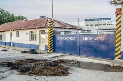 Los trabajadores del frigorífico manejaban ayer rumores de un pedido de quiebra de la empresa