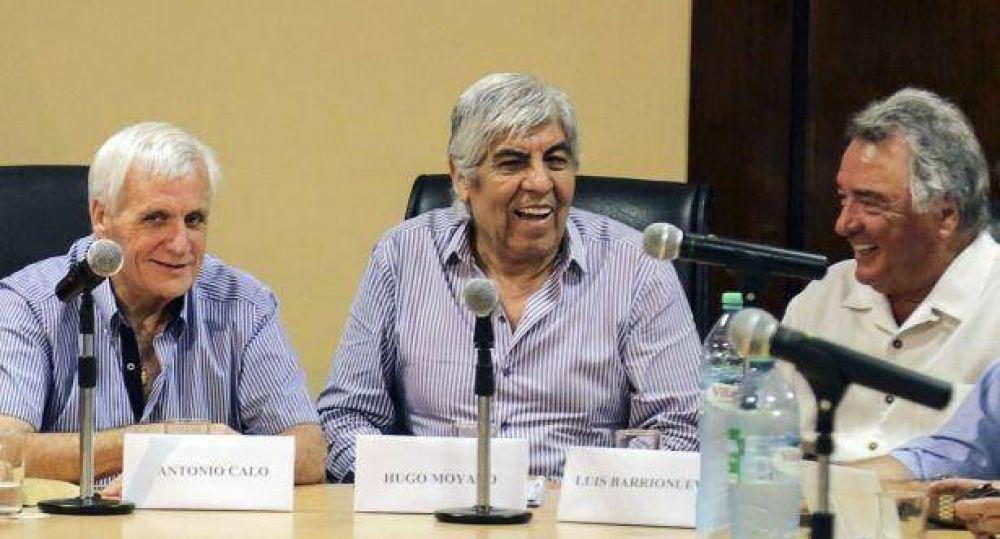 Moyano, Caló y Barrionuevo postergan para el jueves reunión por la reunificación