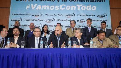 La oposici�n venezolana inicia la campa�a para remover a Maduro