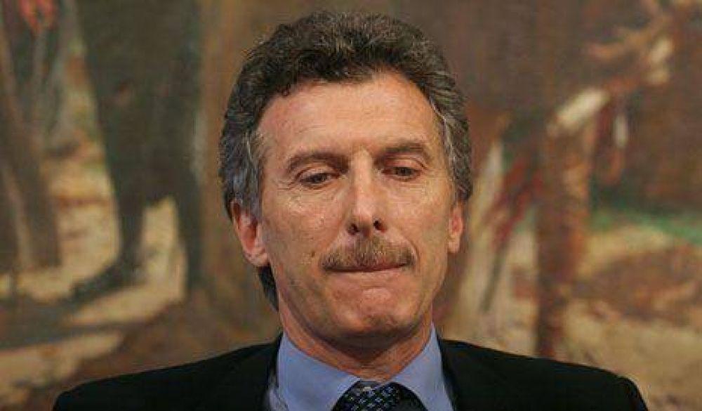 """""""Macri gasta más de $300 millones en consultorías"""""""