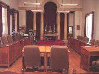 Representantes de la CEAL concurrieron al concejo para explicar los alcances del aumento de tarifas