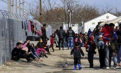 22 mil refugiados varados en Grecia