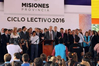 Con un acto en Campo Grande, el Gobernador inauguró el ciclo lectivo