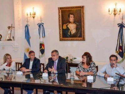 MORALES Y BERGMAN FIRMARON EL INICIO DE OBRAS DEL CENTRO AMBIENTAL
