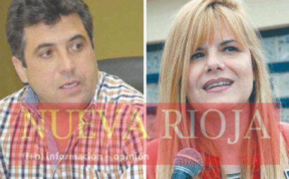 Los bloques oficialistas apoyan decisión de Casas