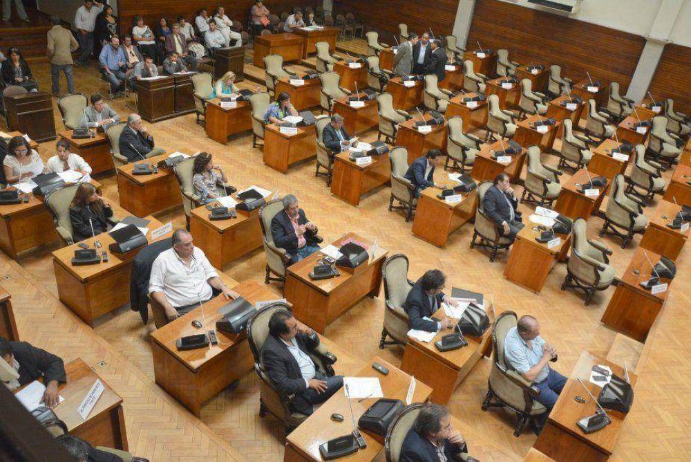 La Legislatura sesionó sin la presencia del bloque del PJ