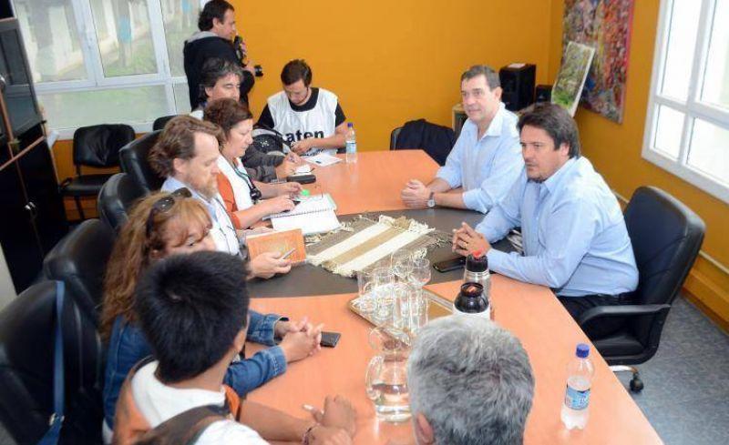 Provincia ofreció pagar el aumento en dos cuotas y el conflicto con ATEN sigue abierto