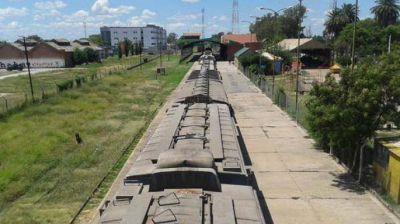 Tras la privatización, auguran `buenas perspectivas de trabajo´ para los ferroviarios bandeños