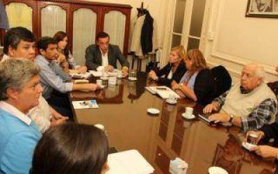 Cáffaro se reunió con legisladores de Cambiemos y del Frente Renovador