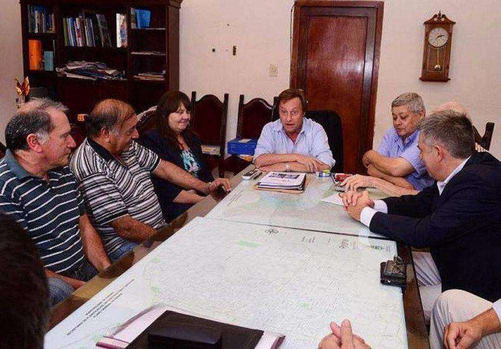Varisco recibió APS y Obras Sanitarias y les ofreció un 25% de aumento