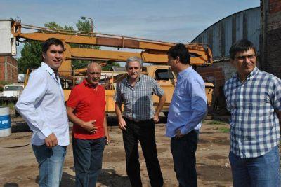 Gastón advirtió que con recorrer un poco la Provincia se ve la emergencia en infraestructura