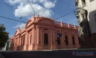 """Corrientes espera acuerdo con fondos buitres para acceder a """"créditos baratos"""""""