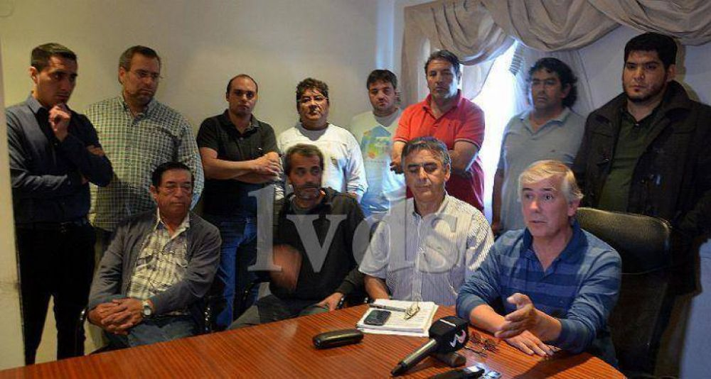 Julio Gutiérrez convocó a asamblea a todos los gremios