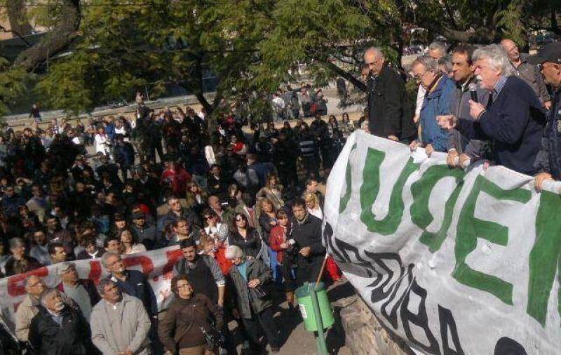 El Suoem rechaza suba del 15% semestral por