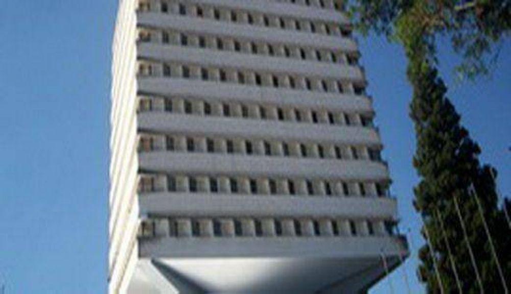 El Colegio de Abogados rechaza objeciones a los honorarios y pide jerarquización de las fiscalías de Estado