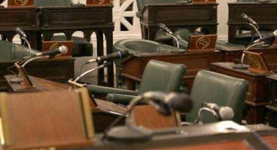 Se embarra la cancha del Senado