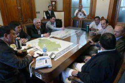 Bertellys se reunió con intendentes para coordinar el pedido conjunto de construcción de la autovía