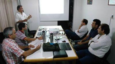 Reunión de funcionarios municipales con técnicos del Nodo