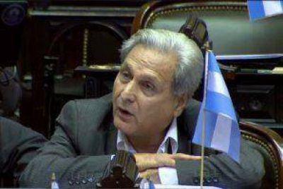 """""""Este acuerdo no es digno"""", afirmó el diputado Solanas al exponer en el debate sobre los holdouts"""