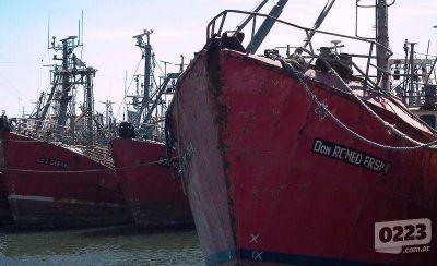 Trabajadores del Consorcio Portuario contin�an con la medida de fuerza
