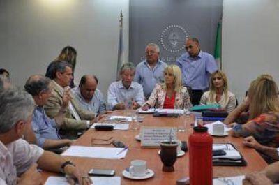 Aumento del peaje: Diputados pedir�n informes a Vialidad Nacional y coordinar�n reuni�n con legisladores nacionales