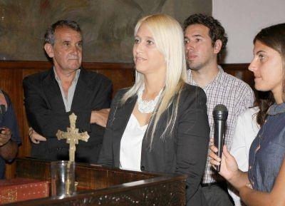 Es rubia debilidad: Ahora dicen que el marido de Vidal se volvió loco por una concejal macrista