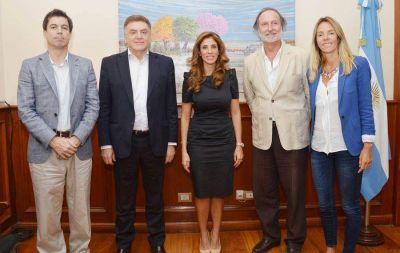 La gobernadora se reunió con funcionarios nacionales