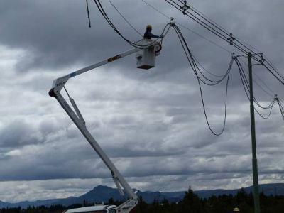 Río Negro y Neuquén retoman construcción de segunda línea eléctrica