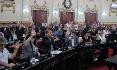 Tras largo debate, la Unicameral aprobó el arribo de Odebrecht y un nuevo pedido de deuda