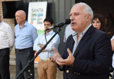 Plan Abre: Lifschitz inauguró un nuevo gimnasio en el Club Universitario de Santa Fe