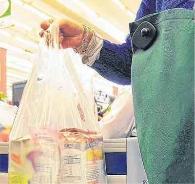El comercio de Dolores por propia determinación elimina la utilización de bolsas de polietileno