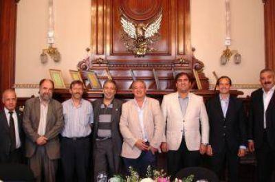 El CIRA recibi� la visita de los directivos de la Fundaci�n Pontificia Scholas Ocurrentes