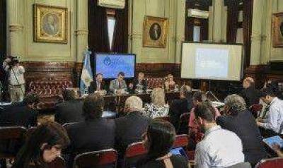 Las CGT de Moyano y Barrionuevo quieren integrar la bicameral que fiscalizará el pago a buitres