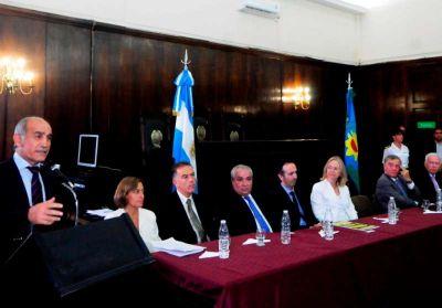 """Salvador: """"Hay que seguir trabajando para lograr una justicia independiente"""""""
