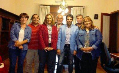 TAREA COORDINADA ENTRE MUNICIPIO Y CENTROS PROFESIONALES