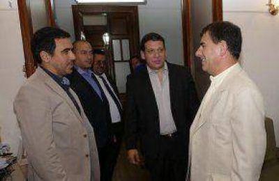 Bertellys se reunió con el presidente de Lotería para analizar el desarrollo del hipódromo local