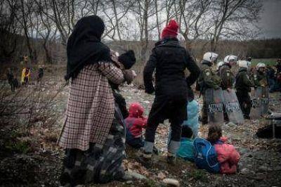 Grecia comienza a aplicar el acuerdo entre la UE y Turquía para frenar a los refugiados