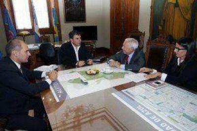 Se firmó un convenio entre el Municipio y la UNICEN por la Policía Local