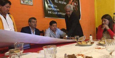 En otro gesto al macrismo, los mellizos Orellana recibieron en su casa a José Cano