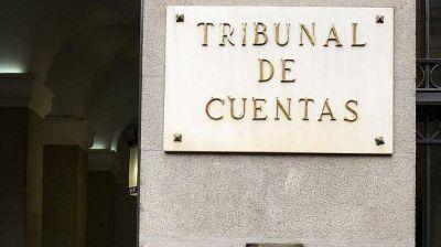 El ministro de Economía quiso poner fondos públicos en plazo fijo pero el Tribunal de Cuentas se lo impidió