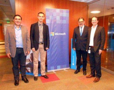 Municipio firmó convenio con Microsoft