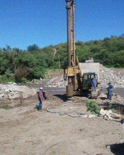 Huaycama: aseguran que la obra del puente avanza