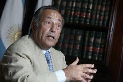 Rodríguez Saá presentó un proyecto complementario al oficial sobre los holdouts