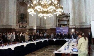 La senadora Giménez firmó el dictamen favorable sobre el acuerdo con los Houldouts