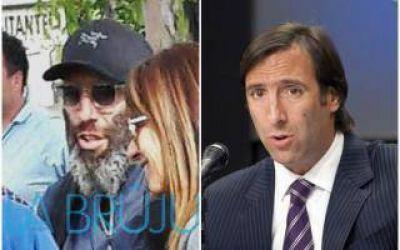El insólito look del exministro de Cristina, Hernán Lorenzino, en La Plata