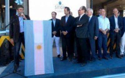 Quequén: Elustondo y Dietrich inauguraron la terminal de embarque Sitio 0