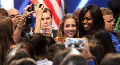 Michelle Obama elogió a Vidal y le hizo un guiño a Hillary