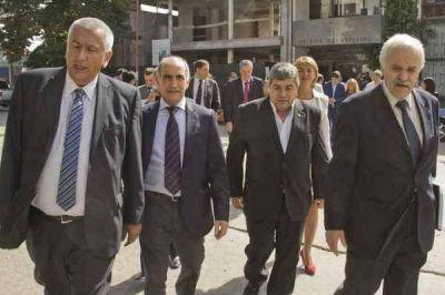 """""""Nuestro compromiso es poder recuperar la potencialidad de la provincia de Buenos Aires"""""""