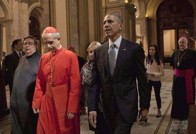 Obama visitó la catedral de Buenos Aires y rezó por la paz junto al cardenal Poli
