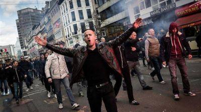 Represi�n a radicales en un acto en Bruselas